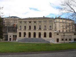 Manifestation du luxe à Genève